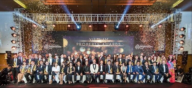 Với 27 năm hoạt động, công ty đạt nhiều thành tựu và giải thưởng danh giá về bất động sản
